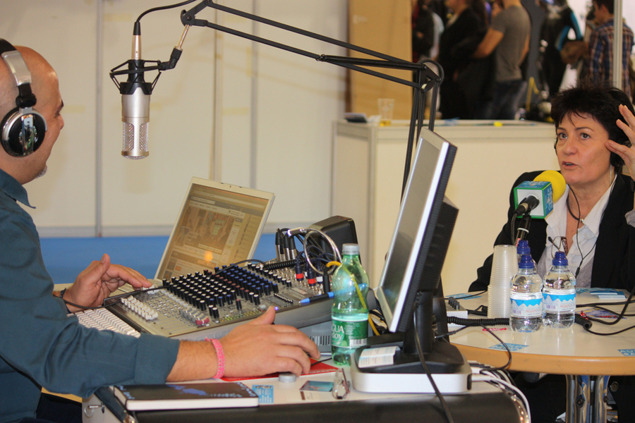 Marga Alconchel habla en Aolde Radio del Narval